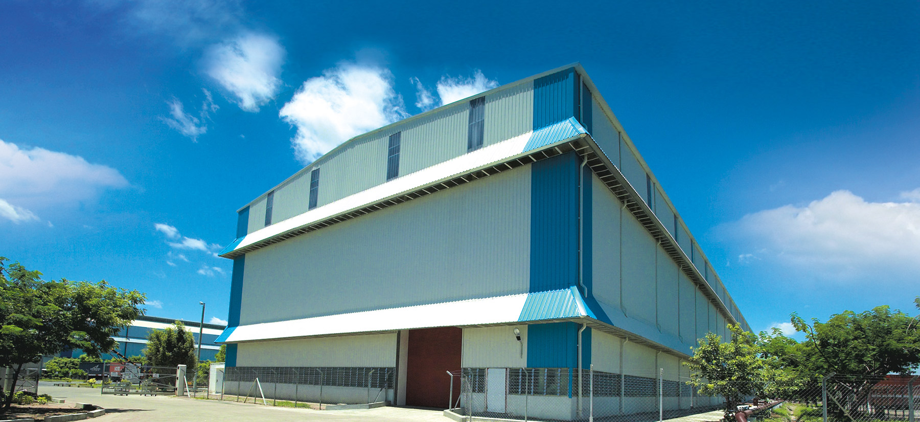 warehouse made of colorbond coated steel